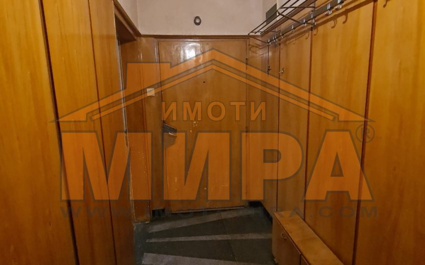 ДВУСТАЕН АПАРТАМЕНТ под наем в  ШИРОК ЦЕНТЪР град Хасково